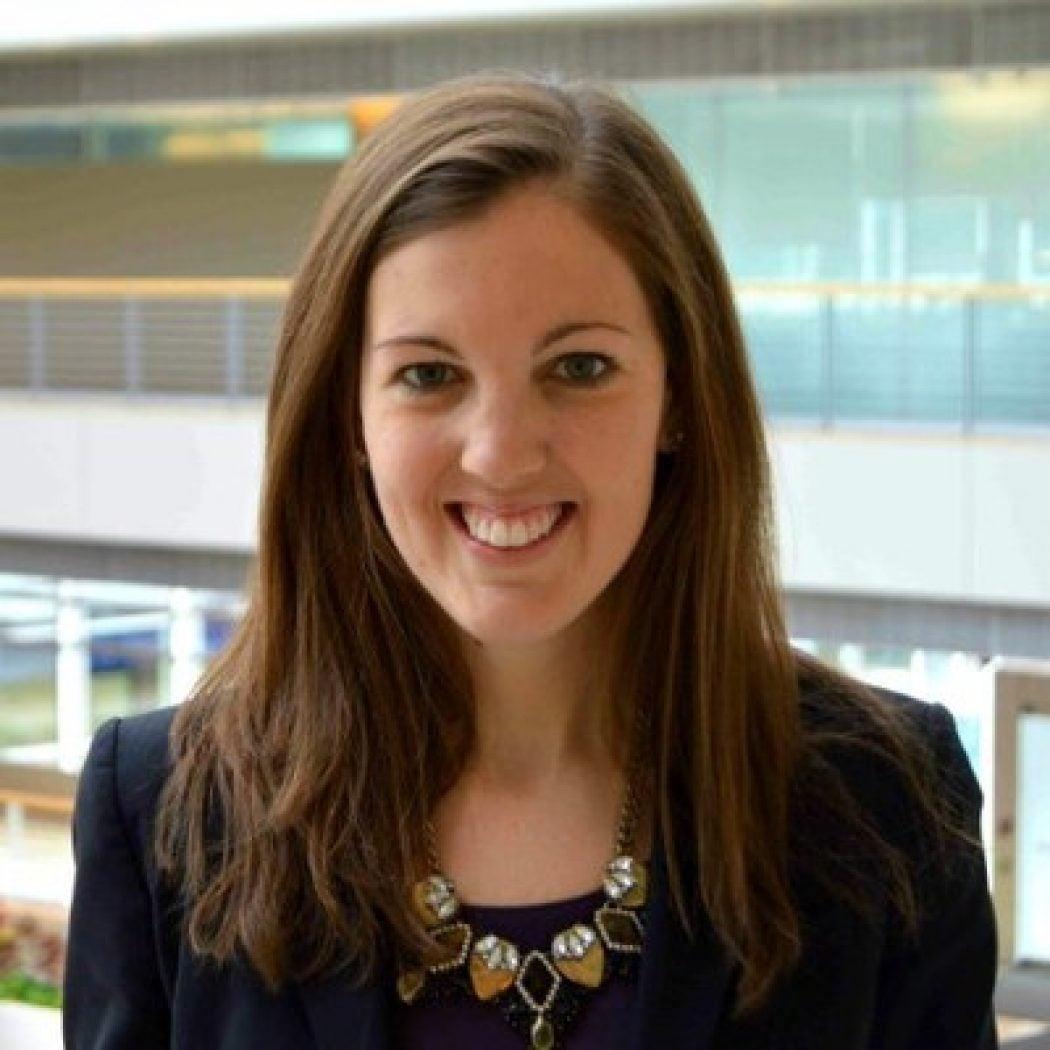 Headshot of Kristen Robinson